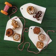 Nordic Ware Bakform Holiday Teacakes