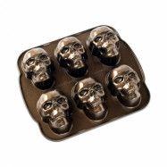 Nordic Ware Bakform Skull
